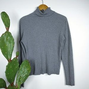 GAP Gray turtleneck